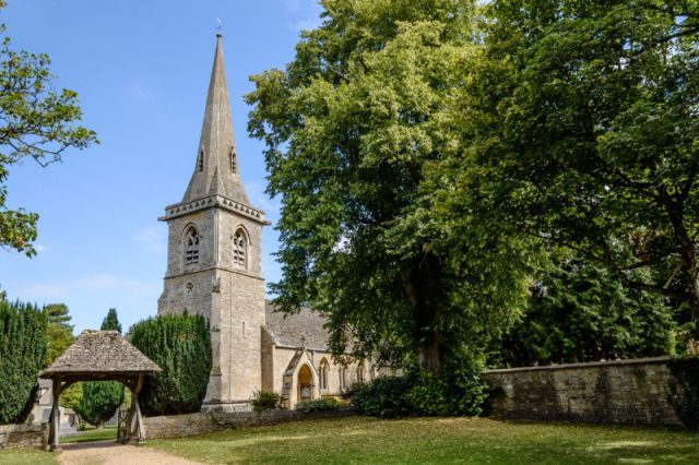 UK churches will be used to boost WiFi and mobile coverage